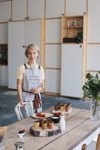 Roxanne cofondatrices des Petites Françaises tasses comestibles